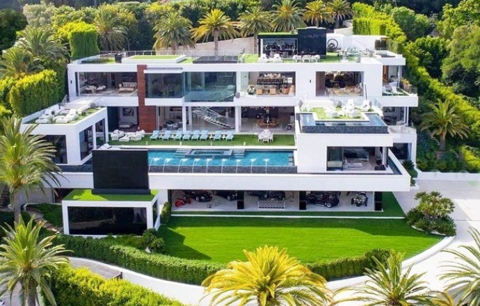 property-records-inc-biggest-house-in-la_